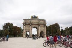 Carrousel Arc de Triomphe ή Arc de Triomphe du ιπποδρόμιο κοντά Musee du Λούβρο στο Παρίσι, Γαλλία Στοκ Φωτογραφίες