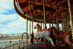 Carrousel de cheval sur Brighton Pier image libre de droits