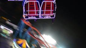 Carrousel in de lucht en de stad video stock footage
