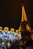 Carrousel en de Toren van Eiffel - Parijs, Frankrijk Royalty-vrije Stock Afbeeldingen