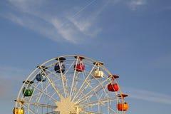 Carrousel et ciel Photographie stock