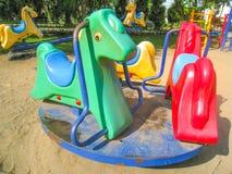 Carrousel het Kleurrijke Speelplaats Spinnen Stock Afbeeldingen