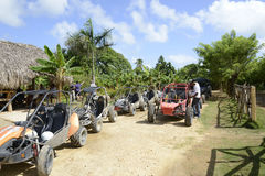 Carrozzini di duna nella Repubblica dominicana fotografie stock