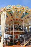 Carrusel del parque de atracciones  Fotografía de archivo