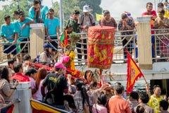 Carry Chinese Goddess Palanquins Across der Fluss Lizenzfreies Stockbild