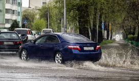 Free Cars And Rain. Stock Images - 91081454