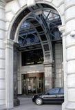 Cars at hotel Royalty Free Stock Photos