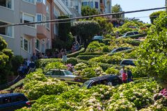 Free Cars On The Famous, Winding Lombard Street, San Francisco, California, USA Royalty Free Stock Images - 177477099