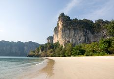 Carst cliffs of Railay beach Royalty Free Stock Photos