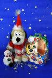 Cartão colorido do ano novo com cães Imagens de Stock Royalty Free