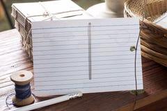 Cartão com elemento dos materiais da natureza Fotografia de Stock