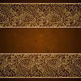 Cartão com o ornamento floral do ouro no fundo marrom do grunge ilustração stock