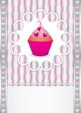 Cartão com queque e corações Imagens de Stock Royalty Free