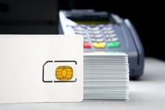 Cartão da identificação com terminal da posição Fotos de Stock Royalty Free