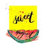 Cartão da ilustração do vetor com o doce da inscrição august com a melancia cortada no quadrado amarelo com respingo calligraphic ilustração do vetor