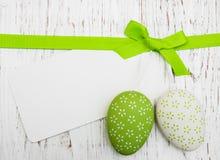 Cartão da Páscoa com ovos da páscoa Fotografia de Stock
