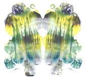 Cartão da pintura simétrica da aquarela do sumário da multa do teste da mancha de tinta do rorschach Pintura amarela, verde, azul fotografia de stock
