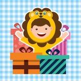 Cartão de aniversário com as crianças no traje animal Fotografia de Stock Royalty Free