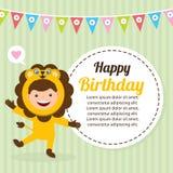 Cartão de aniversário com as crianças no traje animal Imagem de Stock