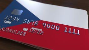 Cartão de banco plástico que caracteriza a bandeira de República Checa Animação relacionada do sistema bancário nacional vídeos de arquivo