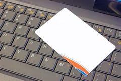 O que é a finalidade de um cartão de crédito imagens de stock royalty free