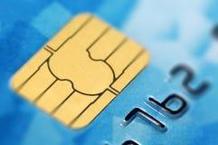 Cartão de crédito com microplaqueta fotos de stock