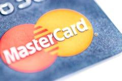 Cartão de crédito de MasterCard do close-up imagem de stock