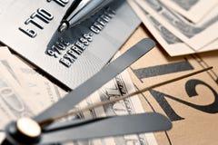 Cartão de crédito, tempo e dólares do dinheiro Fotografia de Stock Royalty Free