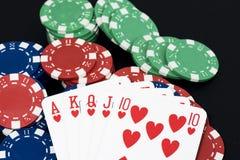 Cartão de jogo e fichas, resplendor reto Fotografia de Stock