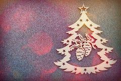 Cartão de Natal bonito, símbolo da árvore de Natal no fundo cinzento, espaço vazio para o texto Felicitações nos 2019 anos novo Fotografia de Stock