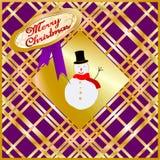 Cartão de Natal decorado com o fantoche da neve dourado e roxo Feliz Natal Fotografia de Stock