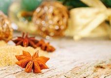 Cartão de Natal do cumprimento em goldtone Imagens de Stock Royalty Free