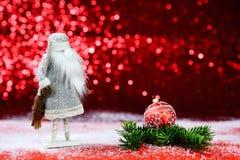 Cartão de Natal em um fundo vermelho Santa Claus, Fotos de Stock