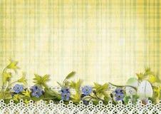 Cartão de Páscoa feliz com ovos e flores da mola Imagem de Stock