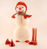 Cartão do ano novo com boneco de neve feito malha Imagem de Stock