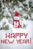 Cartão do ano novo feliz com boneco de neve Imagem de Stock Royalty Free