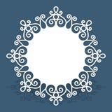 Cartão do círculo com teste padrão da beira do laço do entalhe ilustração do vetor