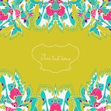 Cartão do convite com flores e as folhas abstratas Cartão da mola do cumprimento do vetor Fotografia de Stock Royalty Free