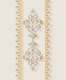 Cartão do convite com o ornamento clássico dourado Ilustração Royalty Free