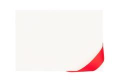 Cartão do dia de Valentim com fita vermelha Foto de Stock