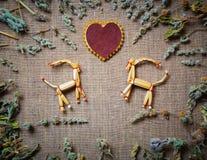 Cartão do dia de Valentim com uma palha Fotografia de Stock