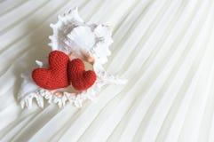 Cartão do dia de Valentim imagens 3d isoladas no fundo branco No fundo branco Fotografia de Stock Royalty Free