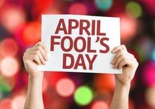 Cartão do dia do enganado com fundo do bokeh Fotos de Stock Royalty Free