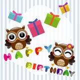 Cartão do feliz aniversario com corujas bonitos Imagens de Stock