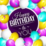 Cartão do feliz aniversario Grupo de balões e de confetes coloridos Rotulação à moda no fundo Vetor ilustração stock