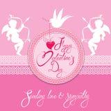 Cartão do feriado com quadro redondo do laço, anjos bonitos, coração e pomba Fotos de Stock