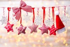 Cartão do Natal com as decorações rústicas do Natal Imagem de Stock