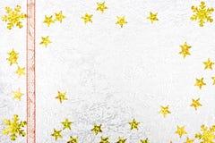 Cartão do Natal com estrelas douradas Fotografia de Stock