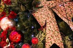 Cartão do Natal com uma nota do cartão fotografia de stock