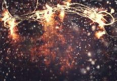 Cartão do Natal e do ano novo - fundo de madeira com Natal Imagens de Stock Royalty Free